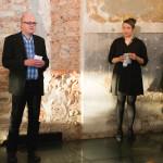 Avajaispuheita kuultiin festivaalin taiteelliselta johtajalta Leena Kelalta sekä Turun yliopiston kulttuurihistorian professori Hannu Salmelta, joka toi terveiset Floating Platforms -hankkeen yhteistyökumppani Aboagora-symposiumilta.