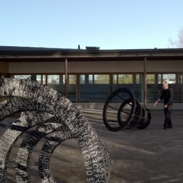 (suomi) JOHN COURT: Untitled